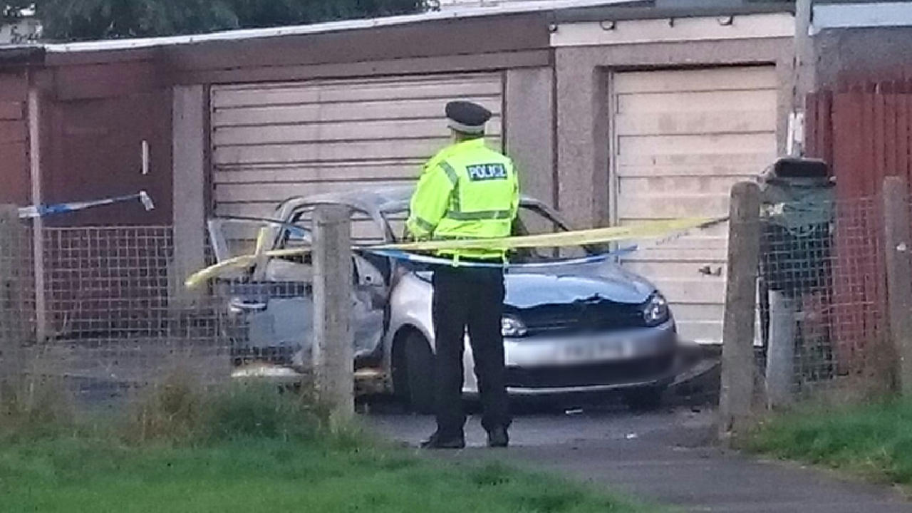 armed police called st helen u0026 39 s primary school after incident at 3pm