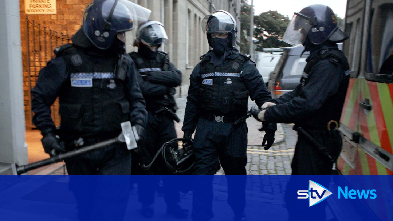 eight arrested after major cross border drugs operation