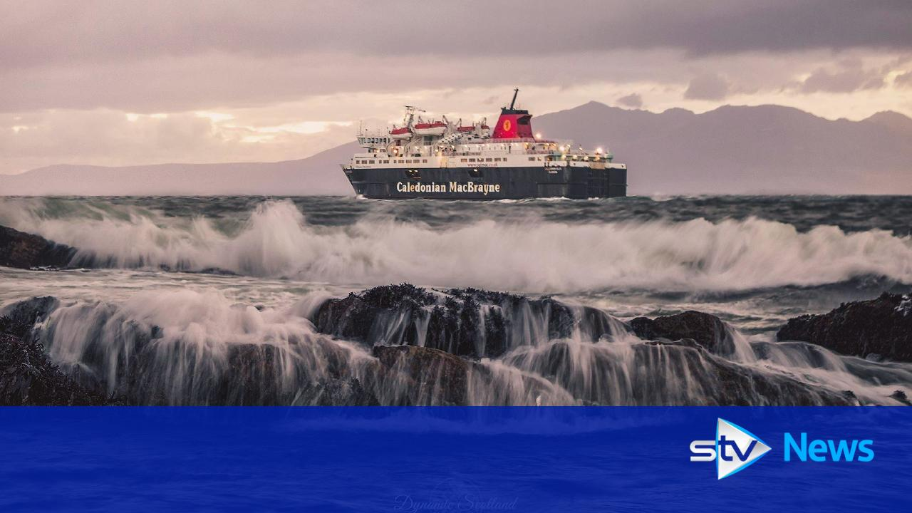 arran ferry service to continue from ardrossan harbour