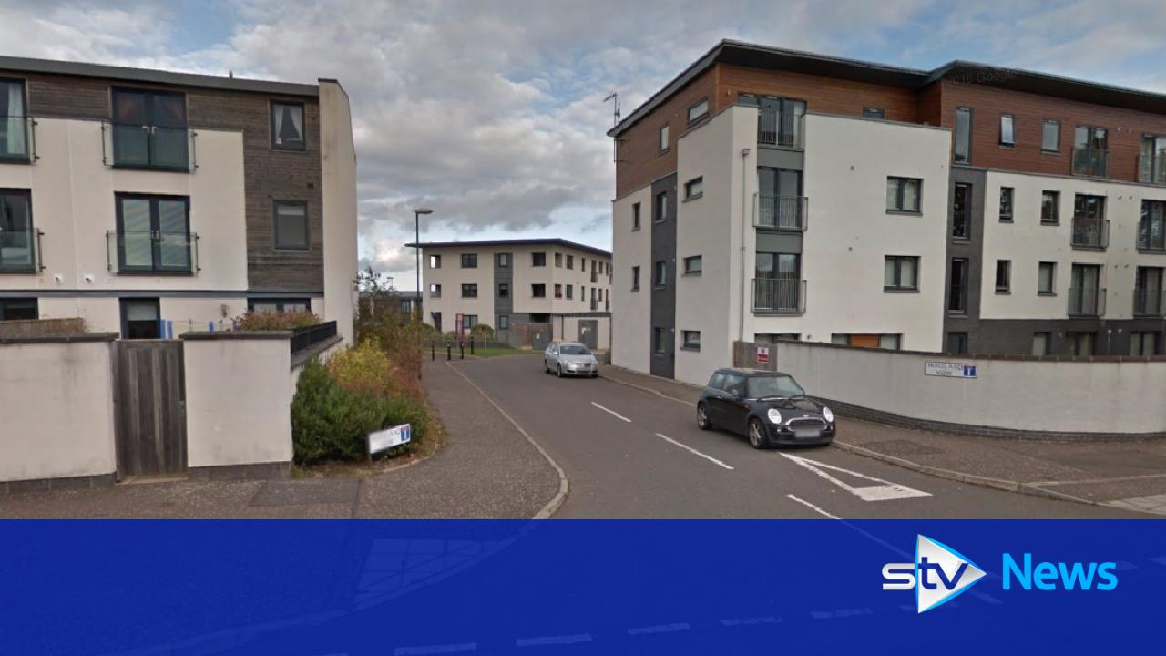 Woman robbed at knifepoint in her home in edinburgh for Home edinburgh