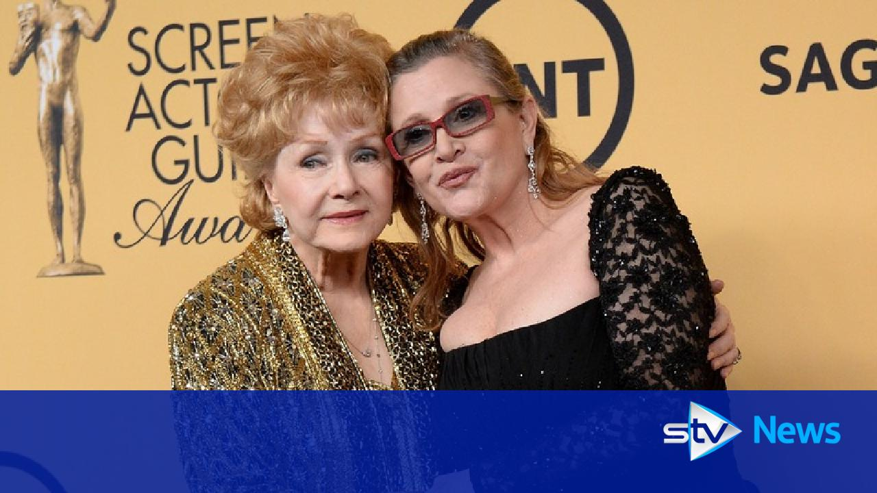 foto A Public Memorial for Carrie Fisher and Debbie Reynolds Is in the Works