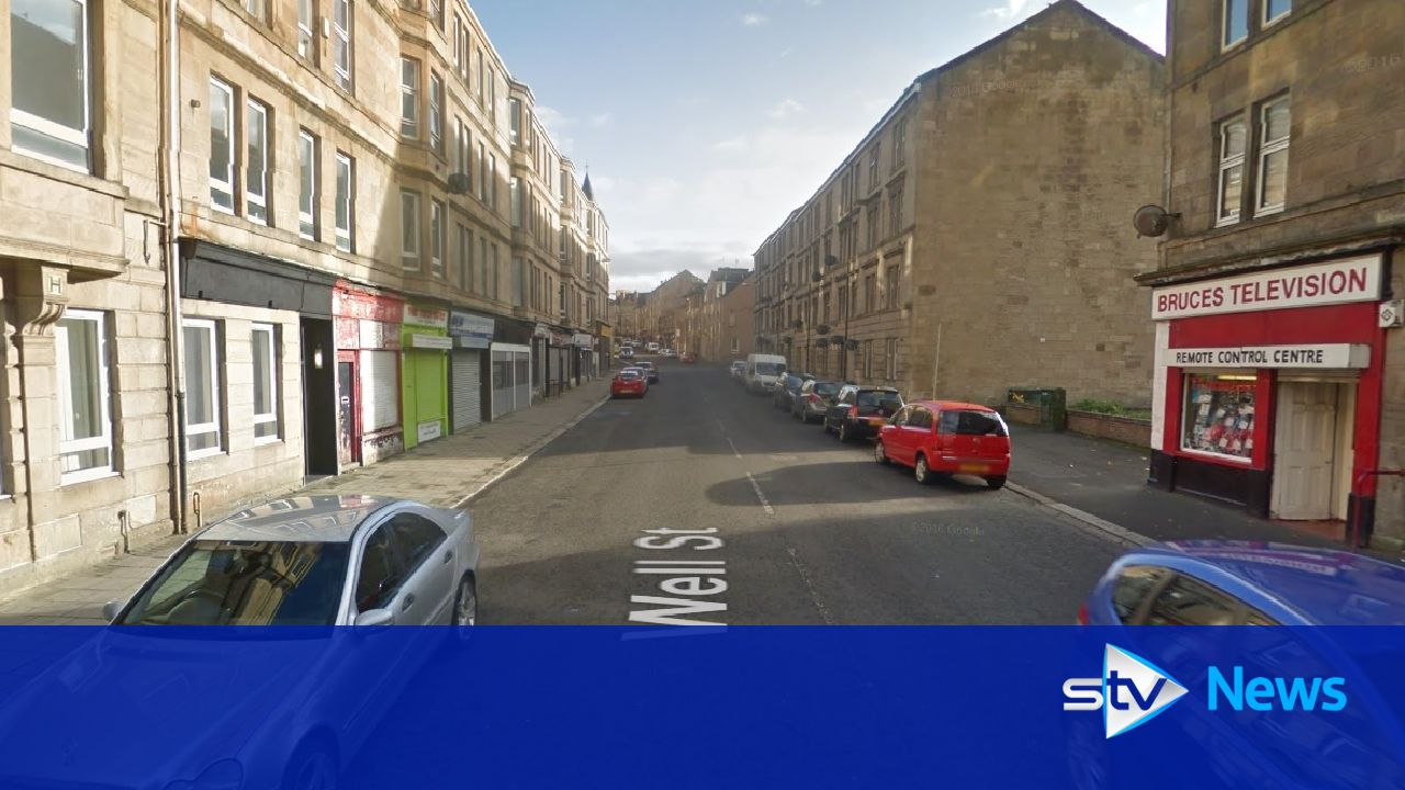 man arrested after bomb squad called to paisley incident