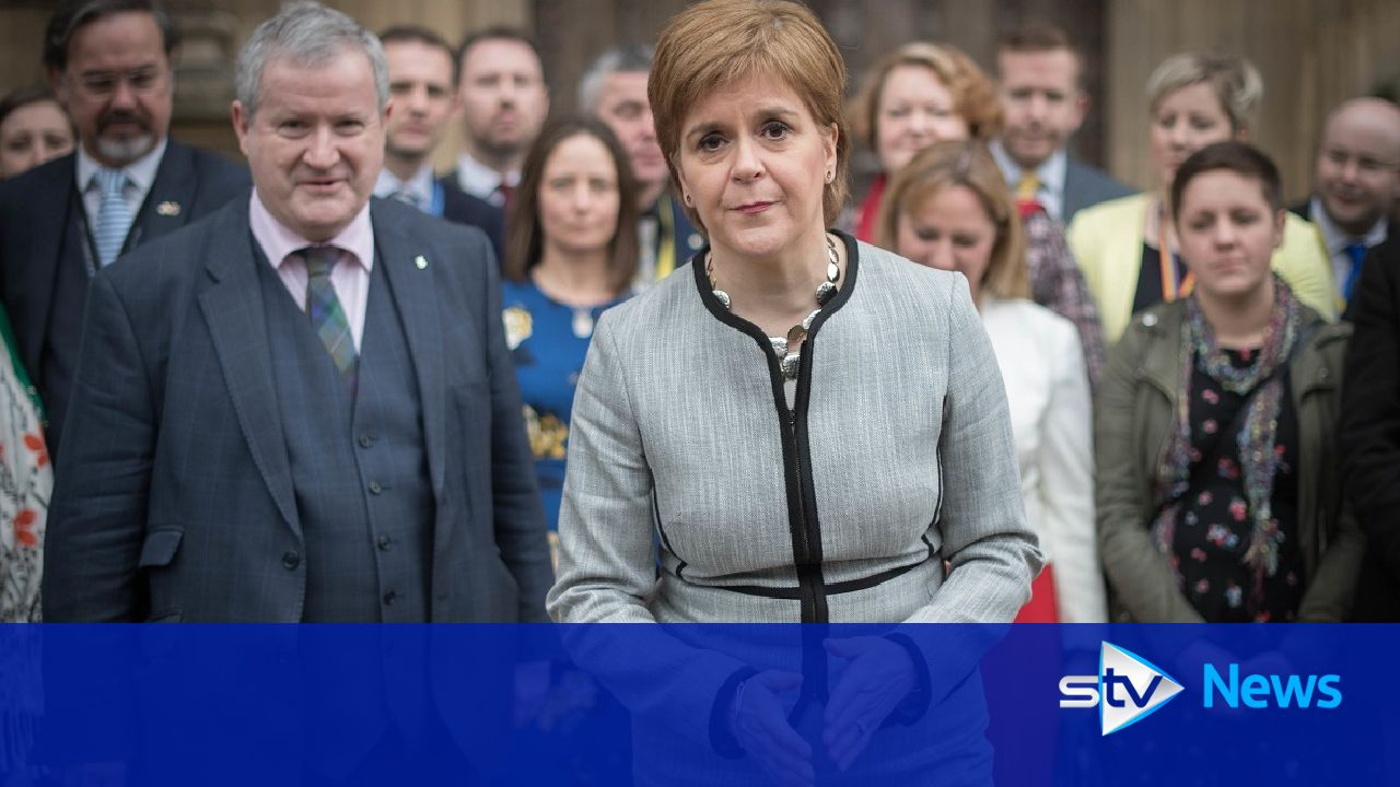 Sturgeon to lay out indyref2 plans in 'matter of weeks'