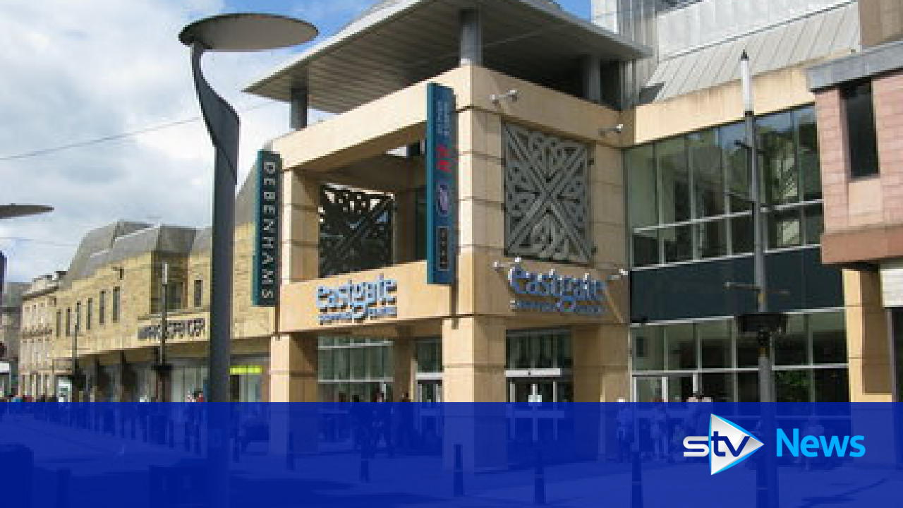 Man arrested after flasher targets busy shopping centre