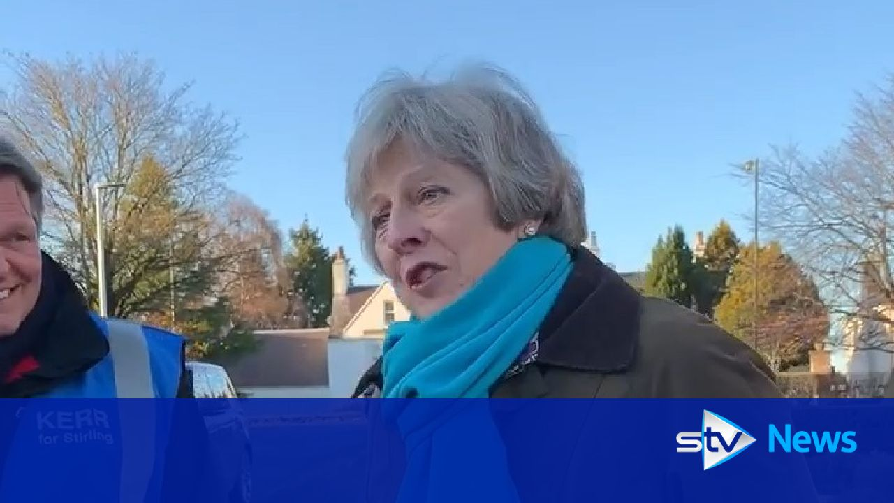 Theresa May campaigns in Stirling for Scottish Tories - STV News