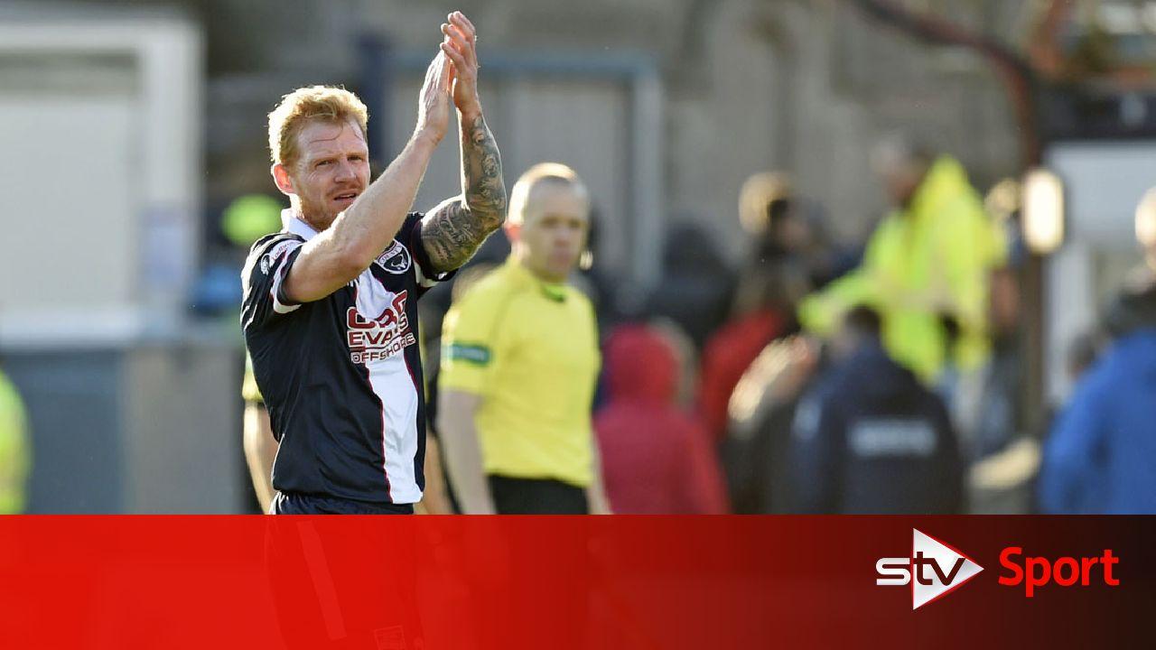 Kilmarnock complete signing of winger Chris Burke