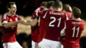 Aberdeen's Mark Reynolds (2nd from right) celebrates his goal with his team-mates