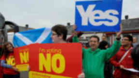 Yes versus No indyref banners quality indyref