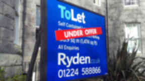 Rent sign in Aberdeen. For rental, rent generic images.