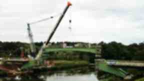 River Don: Final steel beams lifted into place for the Third Don Crossing £18m