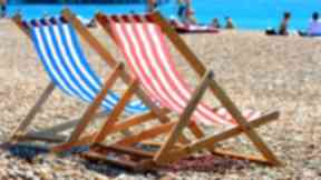 Will it be deckchair weather on Sunday?