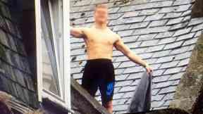 Man involved in standoff on roof of Garay's Bakery, Dee Street Aberdeen