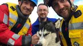 Ardrossan Coastguard saves husky pup in Irvine. Uploaded May 23 2017.
