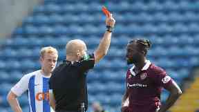 Isma Goncalves red card 17/8/17