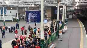Edinburgh Waverley evacuation after fire on 17/9/17