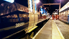 Electric train between Glasgow and Edinburgh