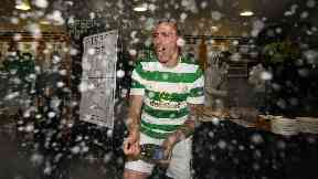 Scott Brown celebrates league cup final win 2017