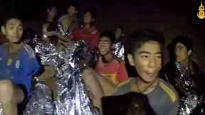 Water pumped from Thai caves as bid to rescue trapped boys intensifies