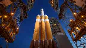 Nasa spacecraft heads to sun for closest look yet
