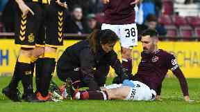 Injury: Smith pulls up with a thigh issue.