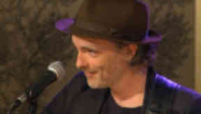 Fran Healy will perform at the opening.
