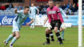Steven Maclean scoring for St Johnstone.