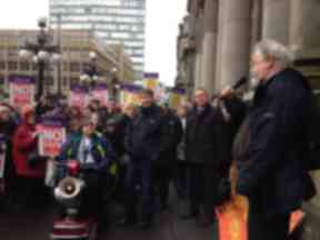 Alasdair Gray speaks at UNISON protest