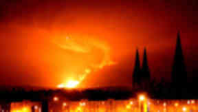 Mossmorran flare as seen from Edinburgh.