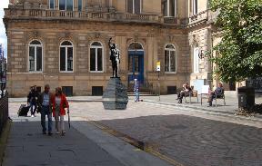 Statue: An artist impression.