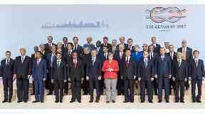 Xi Jinping and other leaders at a meeting of the G20.