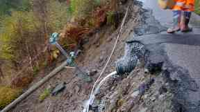 Collapse: Road was destroyed between Scottas and Airor.