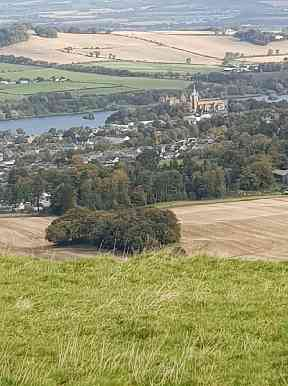 The view of Linlithgow Palace from Cockleroy hill.