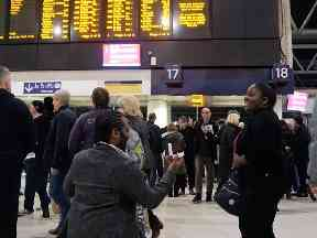 Lisle Hunte proposed at Waterloo station.