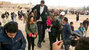 Crowds flocked around the pair when the arrived at Giza.