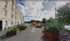 Attack: Man stabbed in street.
