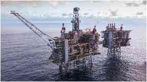Clair Ridge: BP announce first oil production.