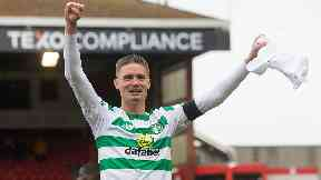 Mikael Lustig confirms Celtic exit in emotional message