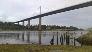Police carried out searches of Erskine Bridge