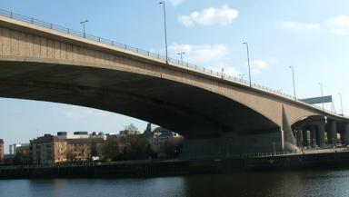 Kingston Bridge: Queues likely.