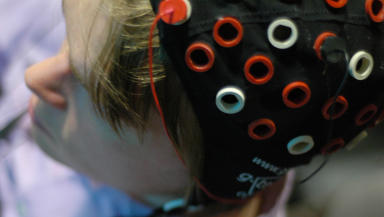 Study: Participants identified emotions while electrodes measured their brainwaves.
