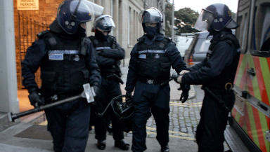 Police drugs raid, Edinburgh, quality image