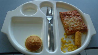 A picture from Martha Payne's NeverSeconds blog showing meals served at Lochgilphead Primary School.