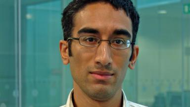 Doctor Rajan of the University of Glasgow's Beatson Institute