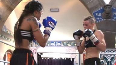 Joanne Calderwood and Jenny Krigsman, Oran Mor Fight