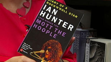 Close of Ian Hunter music autobiography.