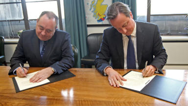 Historic: David Cameron and Alex Salmond sign off on deal.