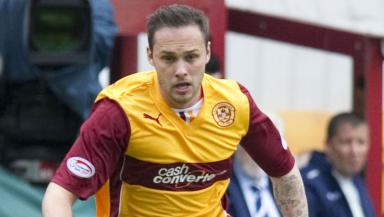 Tom Hateley in action for Motherwell.