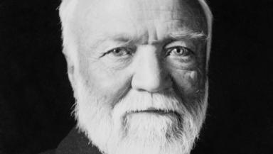 Andrew Carnegie: Financed excavation in 1899.