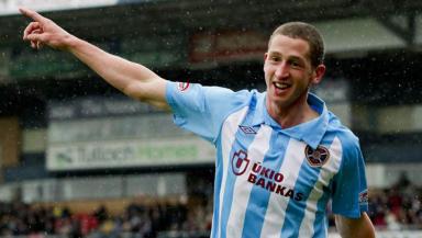 Former Hearts striker Calum Elliot.