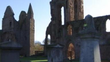 Arbroath Abbey: Stonework was vandalised with paint.